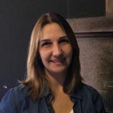 Márcia Borin - analista financeiro